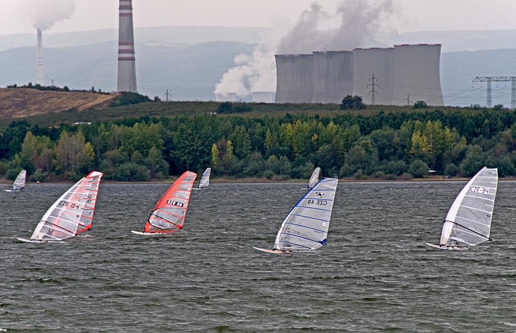 nuclear windsurfing